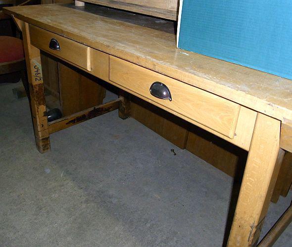alter tisch aus buche von ebay. Black Bedroom Furniture Sets. Home Design Ideas